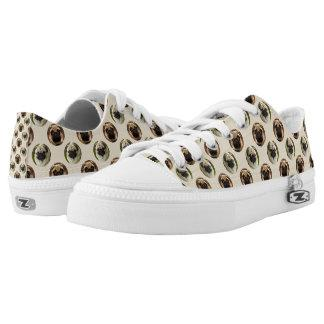 Pugs polka dot custom background Low-Top sneakers
