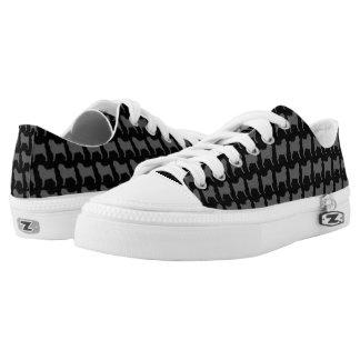 Pug Silhouettes Pattern Low-Top Sneakers