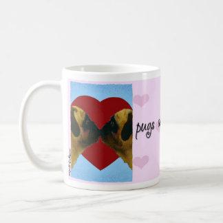 "Will Bullas Valentine mug ""pugs and kisses"""